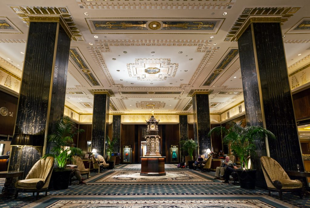 Photos capture the historic glamour of the Waldorf Astoria before its renovation