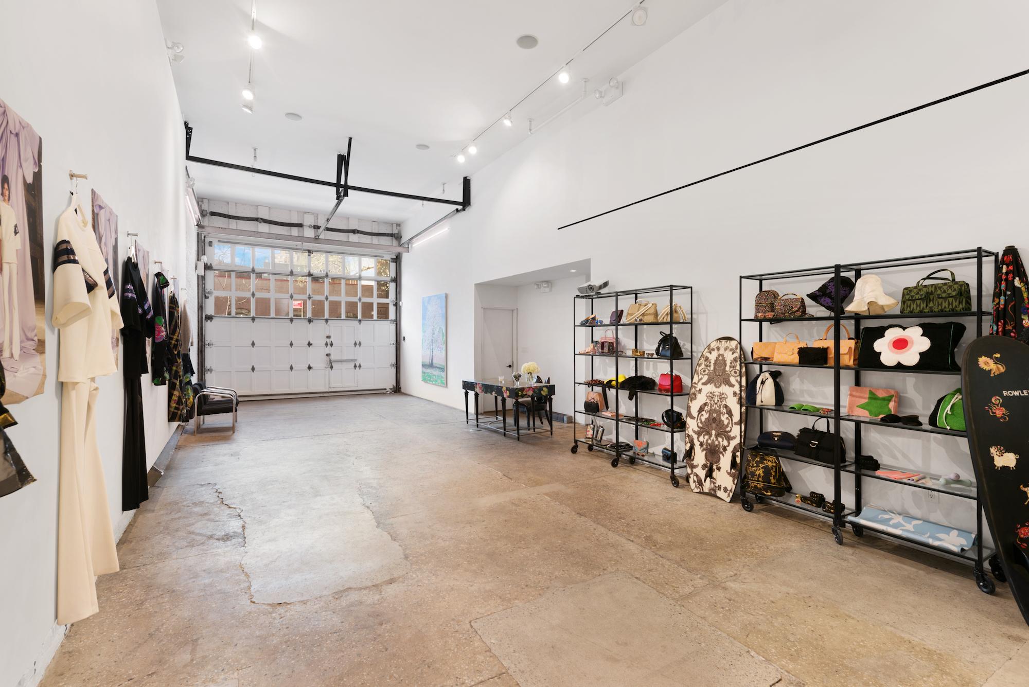 9b7ffaec4275 Fashion designer Cynthia Rowley s West Village showroom-townhouse ...