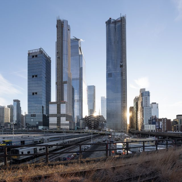 Facebook snags 1.5 million square feet across three buildings at Hudson Yards