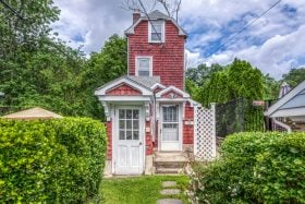 175 Grand Street, cool listings, mamaroneck, skinny house
