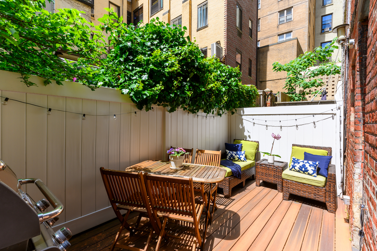 142 East 37th Street, murray hill, cool listings, maisonettes, co-ops