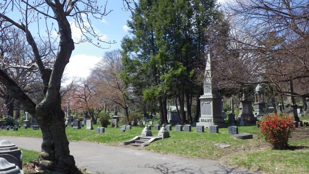 woodlawn cemetery, cemetery, nyc