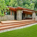 17 Twin Ridges Road, cool listings, frank lloyd wright, taliesin architects, modern house