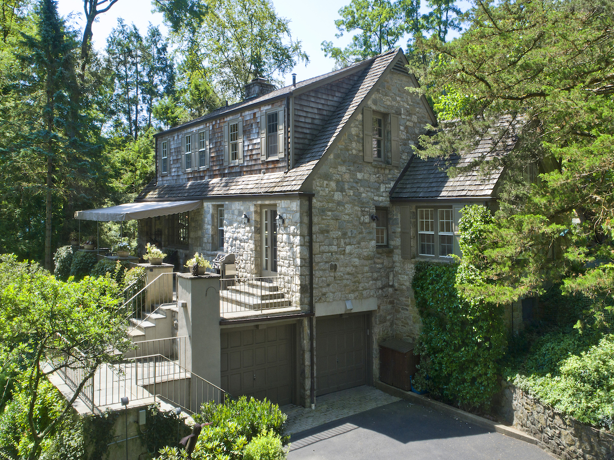 469 Riversville Road, Greenwich, Connecticut, cool listings, cottages