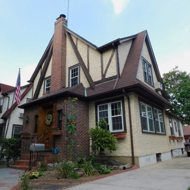 Trump's childhood home heads back to the auction block after failing to find a $2.9M buyer