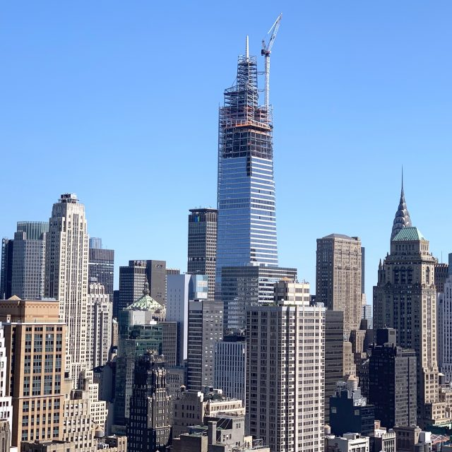 One Vanderbilt tops out at 1,401 feet, becomes tallest office building in Midtown
