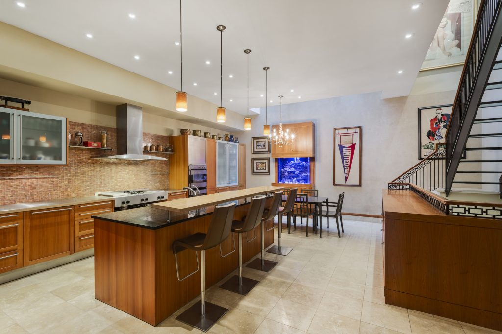 Rare Tribeca townhouse with wine cellar and duplex roof ...