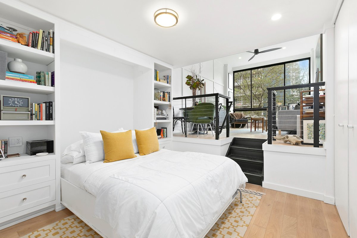 77 Bleecker Street, Bleecker Court, Greenwich Village, co-ops, cool listings