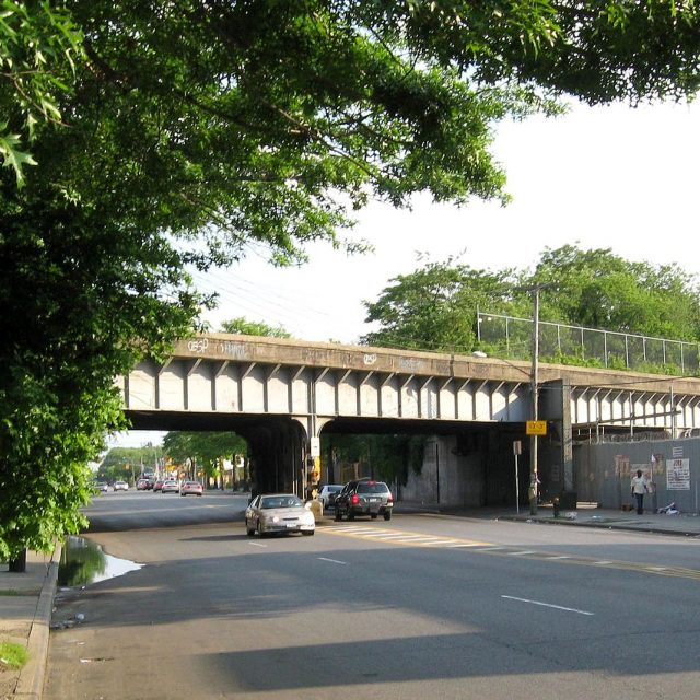 MTA considers restoring passenger service to freight line between Bay Ridge and Ridgewood