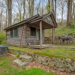 367 Newtown Turnpike, cool listings, log cabins, Connecticut