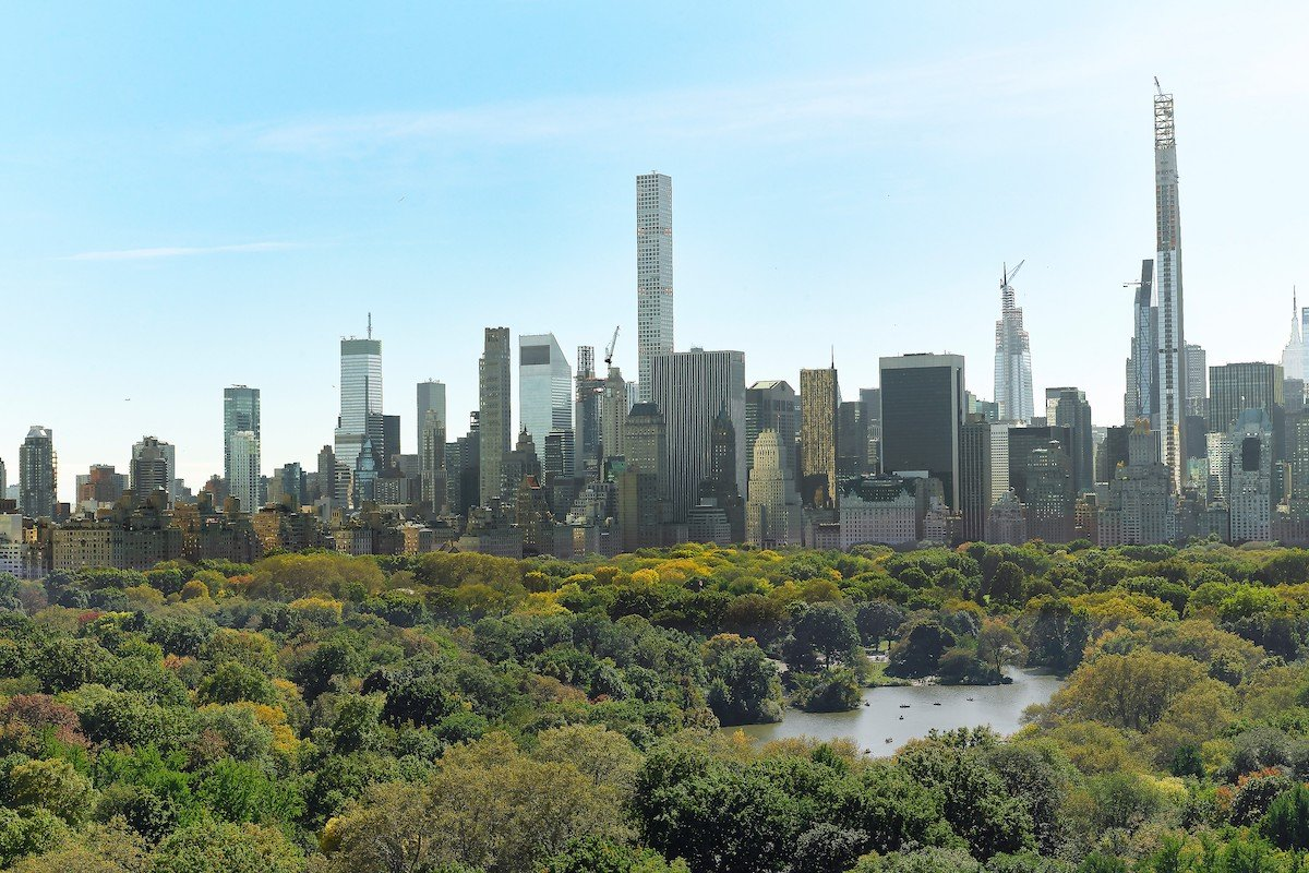 211 Central Park West, Beresford, Upper West Side, cool listings, Phyllis Newman, Adolph Green