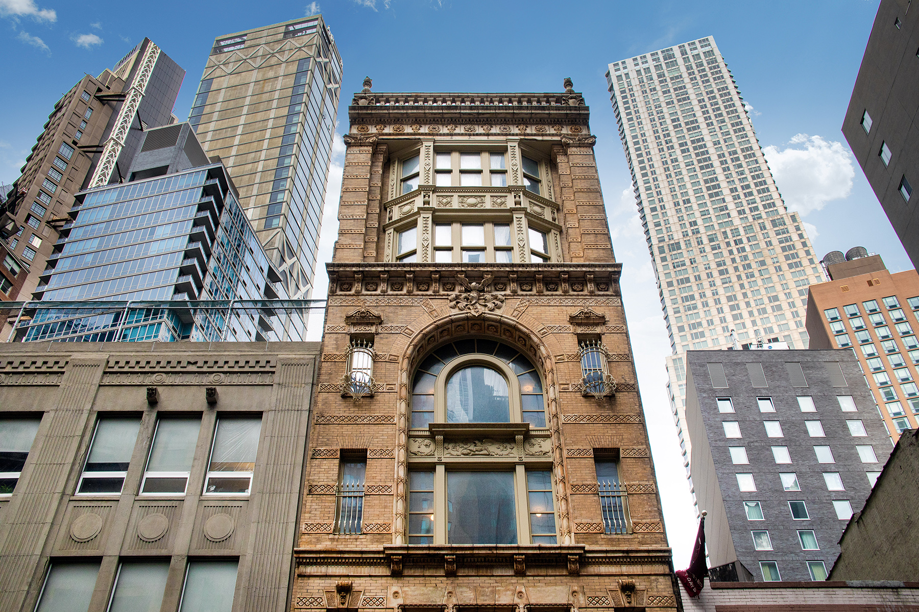 42 Ann Street, cool listings, fidi, lofts