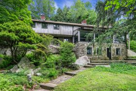 39 Old Snake Hill Road, Pound Ridge listing