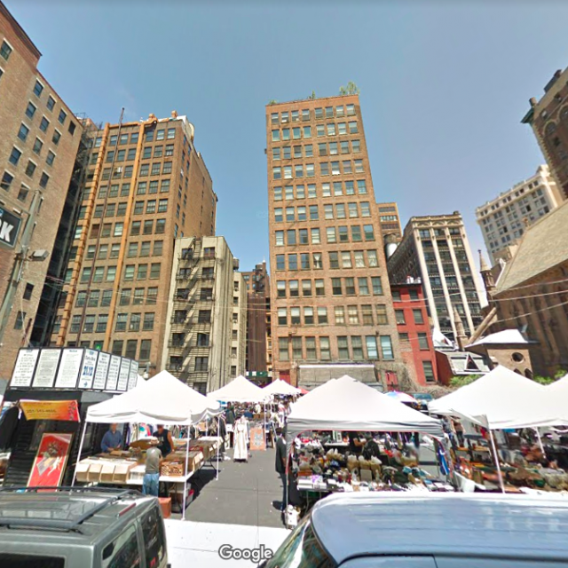The Chelsea Flea will return to its longtime lot under new lease with Brooklyn Flea founders
