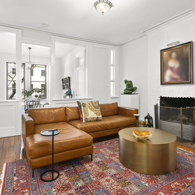 For $6.5K/month, this Chelsea brownstone apartment offers charm and flexibility