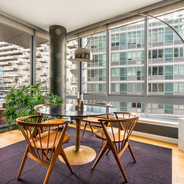 $1.7M Long Island City condo comes with unobstructed views of the iconic Pepsi-Cola sign