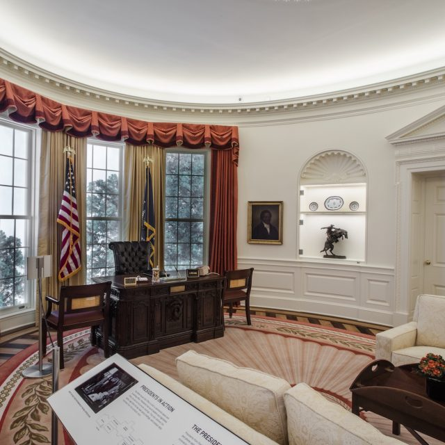 Oval Office replica opens at the New-York Historical Society