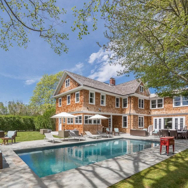Bethenny Frankel sells Hamptons home after taking a loss on her Soho condo
