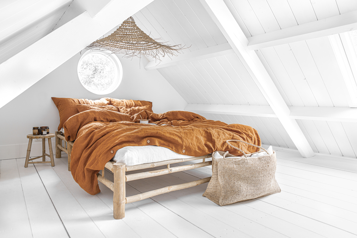 bedding, sheets, affiliate marketing, shopping, bedding guides, linen, linen bedding, society limonta, brooklinen, rough linen, ikea