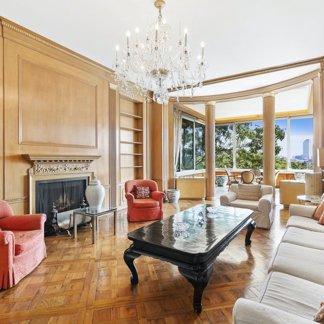 Opulent Beekman Place mansion closes for $38M less than original listing price