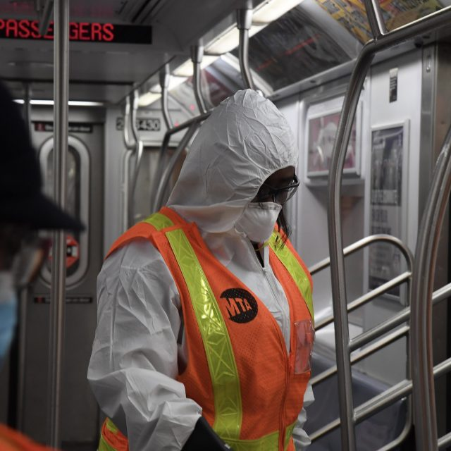 24 percent of NYC subway and bus workers have had COVID-19, survey says