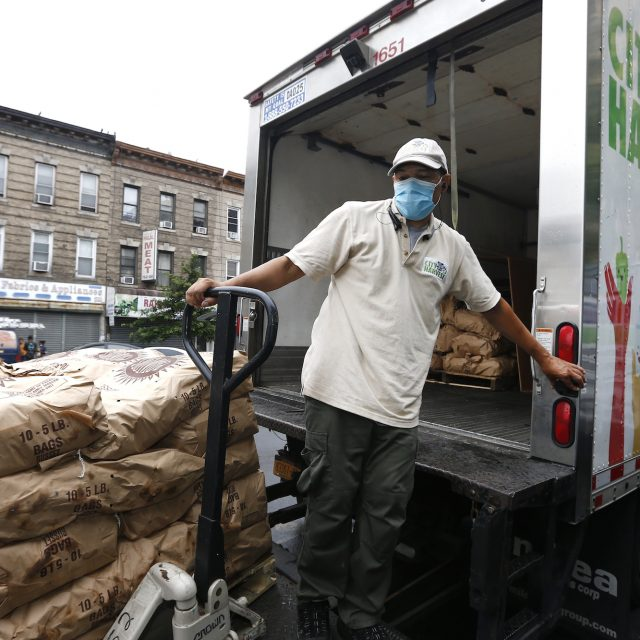 'No end in sight': How NYC is dealing with the growing hunger crisis