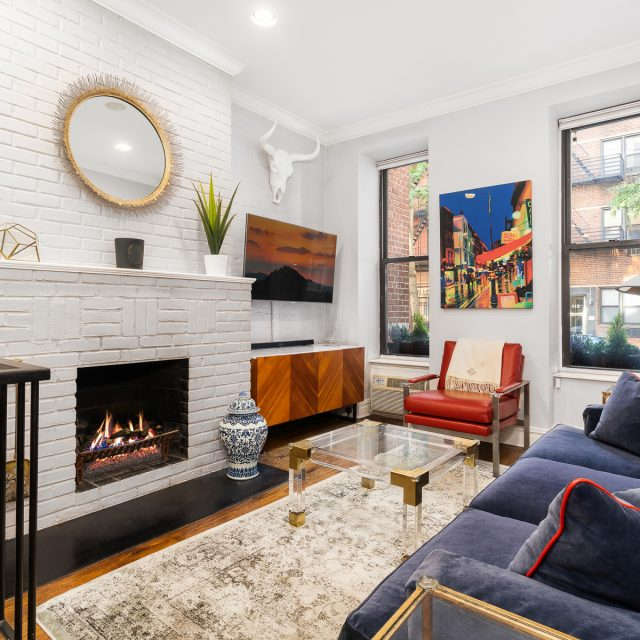 This $1.3M Yorkville duplex is classy, sassy, and perfect for a small family