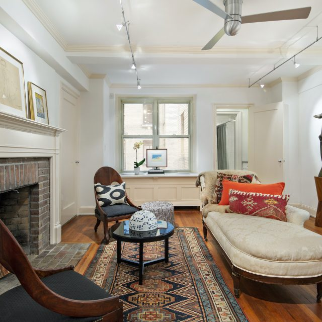 For $349K, this Beekman studio is a tiny charmer