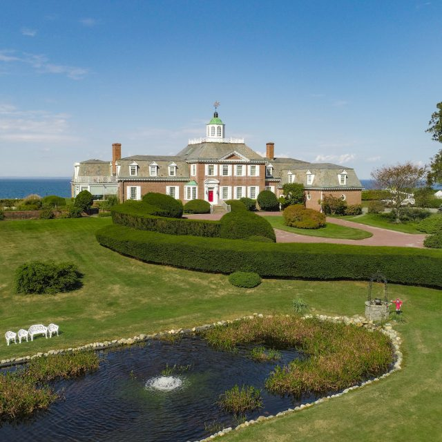 North Shore mansion with nearly 900 feet of water frontage asks $14.6M