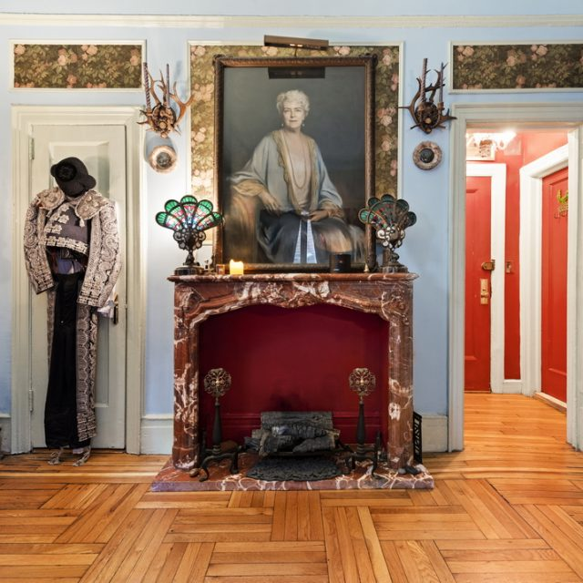 Rufus Wainwright is selling his Gramercy Park pied-a-terre for $450K