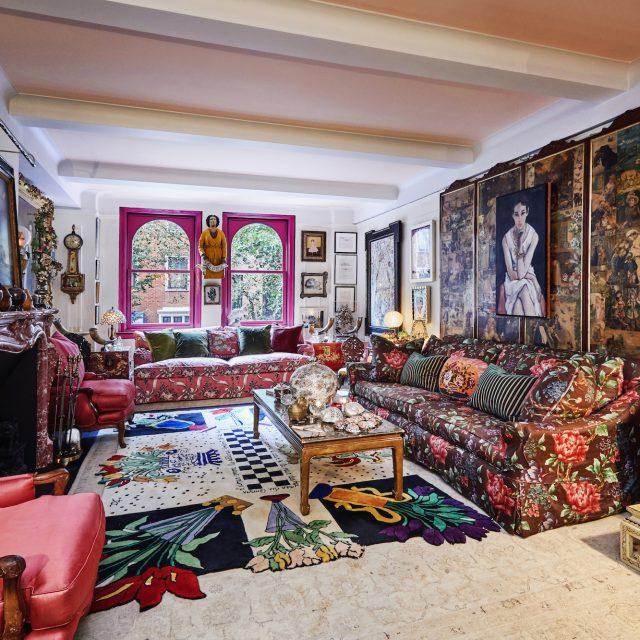 Gloria Vanderbilt's Midtown East apartment lists for $1.1M