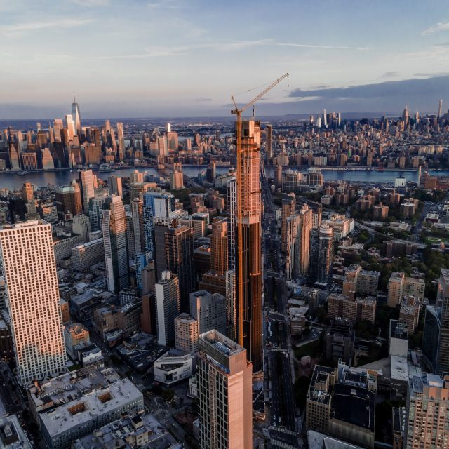Brooklyn's tallest tower tops out at 1,066 feet, becomes borough's first supertall